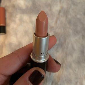 MAC Cosmetics Amplified Blankety Lip Stick